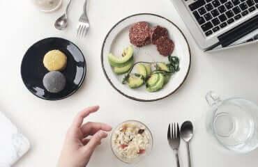 Uslugi gastronomiczne a koszt firmy